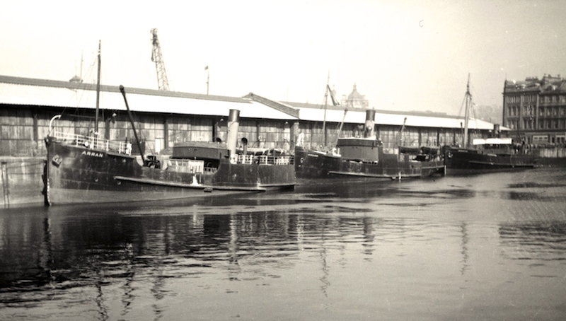 arran-ardyne-and-lochdunvegan-in-kingston-dock-glasgow-c1948-andrew-clark-collection-edited